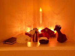 stinas stuffed nativity 5 candlelight resized