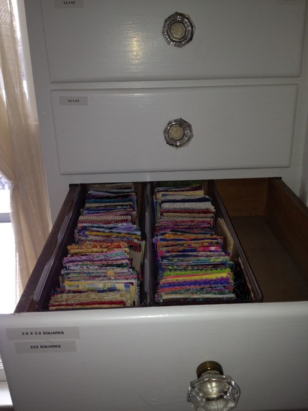 drawers small squares R
