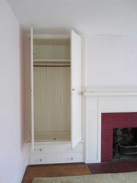 closet Pre reno R