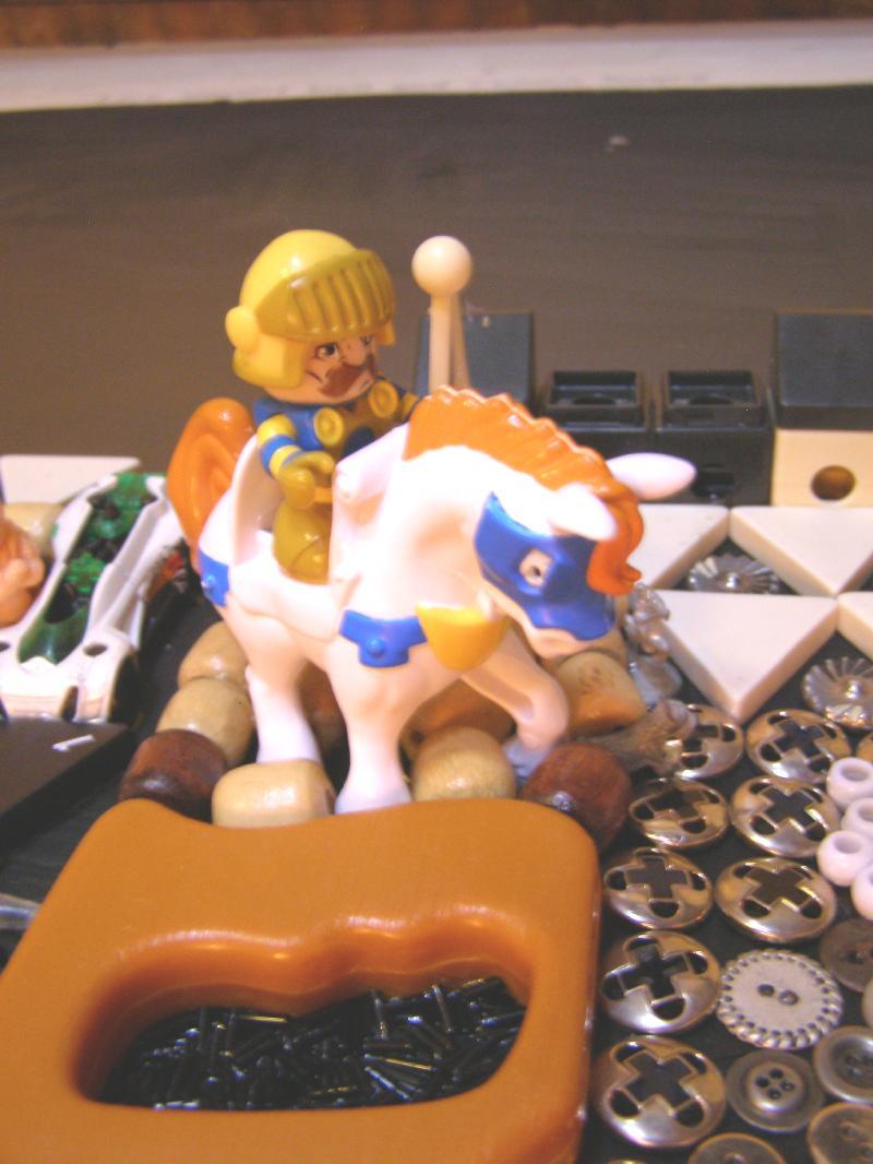 r close 1-4d horse close.jpg